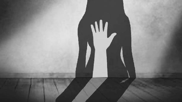 Pakistan women lawmakers demand public hanging of rapists