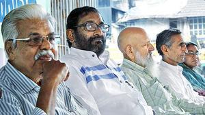 Conference on democracy deplores Kashmir's plight