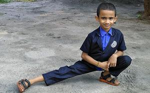 Little Nandan sets record in side sit-ups