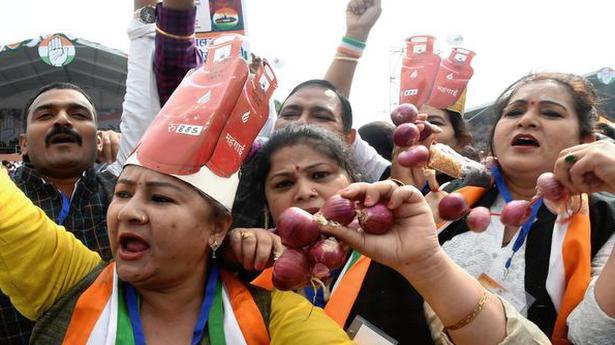 At Ramlila Maidan, Congress leaders urge Rahul to wield the baton again