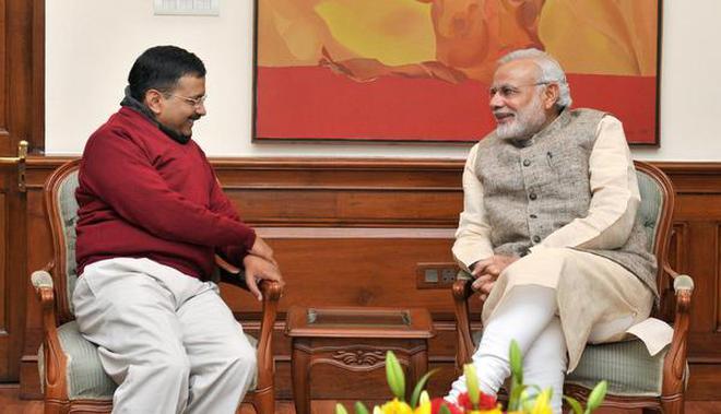 PM calls himself a fakir, but wears Rs. 10 lakh suit: Kejriwal