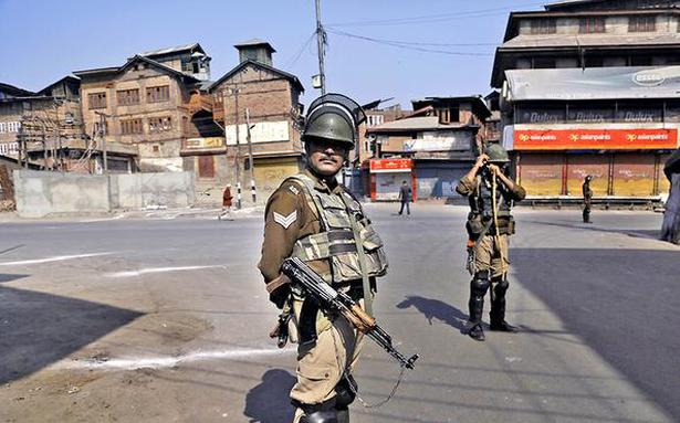 Police link radical elements to braid-chopping in Kashmir