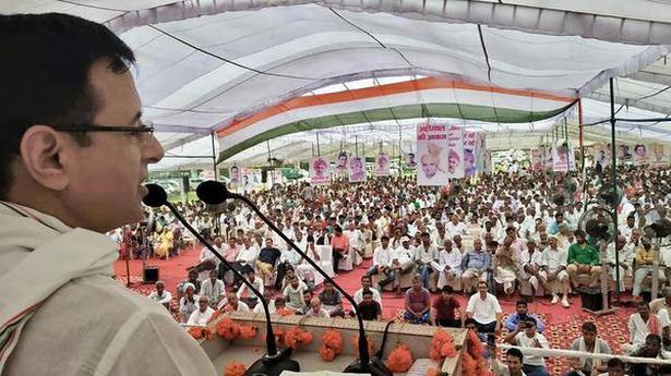 Surjewala flays Modi, Khattar