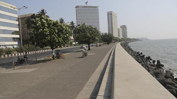 Coronavirus | Maharashtra Cabinet guns for total lockdown to break virus chain