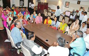 Women members suggest poll reforms