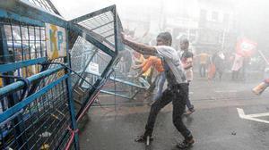 BJP warns of encounters in Bengal