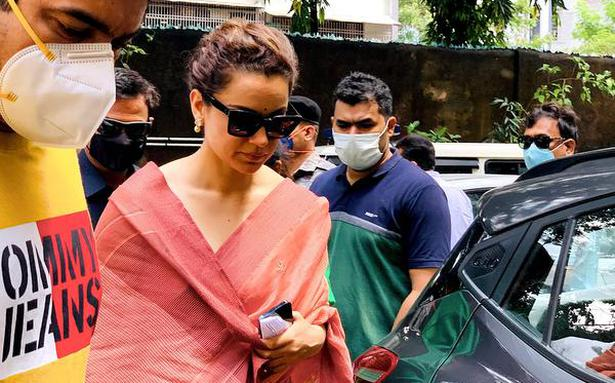 Javed Akhtar defamation case | Kangana Ranaut appears before Mumbai magistrate court, says she has lost faith in it