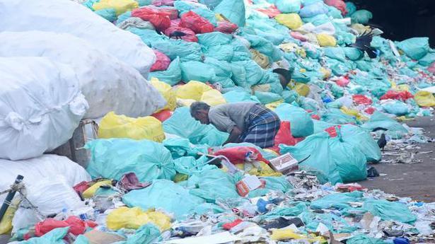 Coronavirus | Mounting biomedical waste poses a problem in Mumbai, Pune