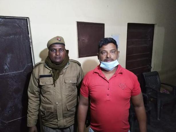 Saleem Khan (right) has been arrested by Bulandshar Police for tweeting a video against Prime Minister Narendra Modi. Photo: Twitter/@bulandshahrpol