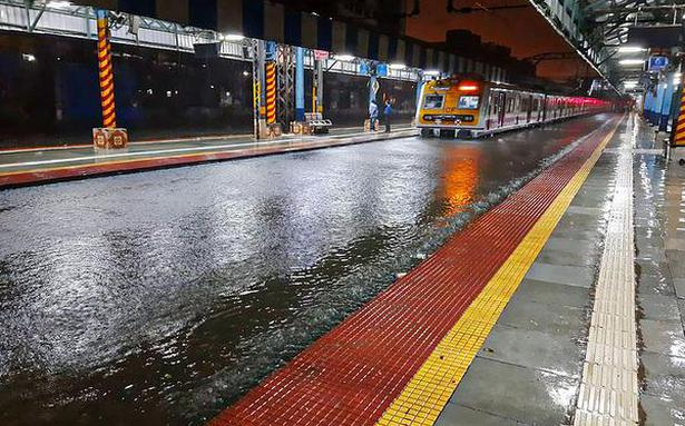 Red alert issued in several parts of Maharashtra as downpour continues