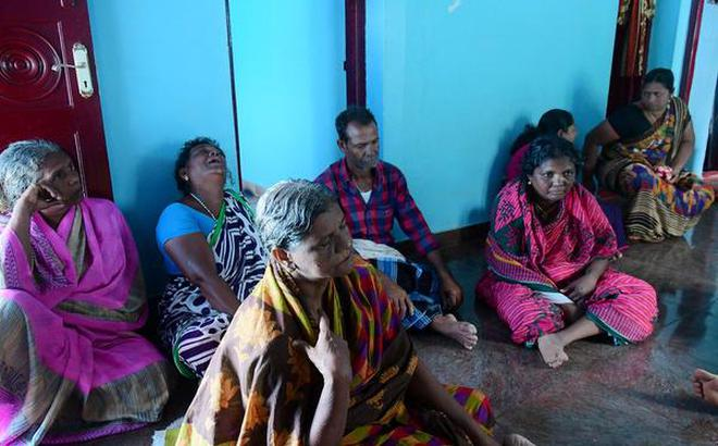 Waves Of Grief Engulf The Fishing Village Of Mulloorthurai In Tamil