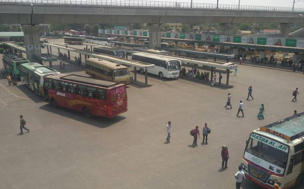 TN bus strike: Commuting woes in Chennai as only 30% buses ply