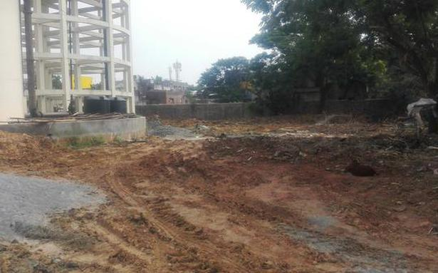 Avadi residents against garbage segregation unit