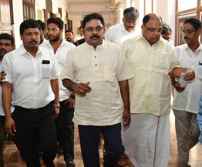 Elections can be avoided in Tamilnadu only if there is a change of guard: TTV Dhinakaran