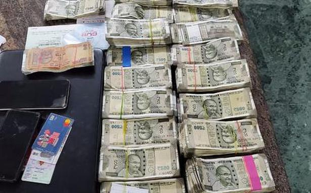 TN Assembly polls   ₹18 lakh seized from AIADMK man, others in Katpadi