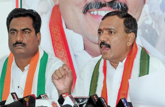 Senior Telangana Congress Leaders plans to try their luck in Assembly Polls