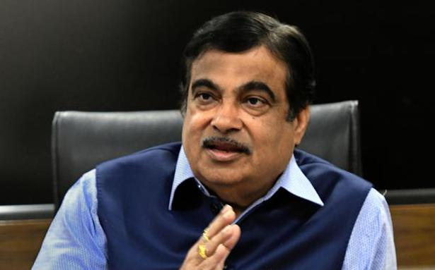 Nitin Gadkari urges auto component manufacturers to increase localisation to 100%