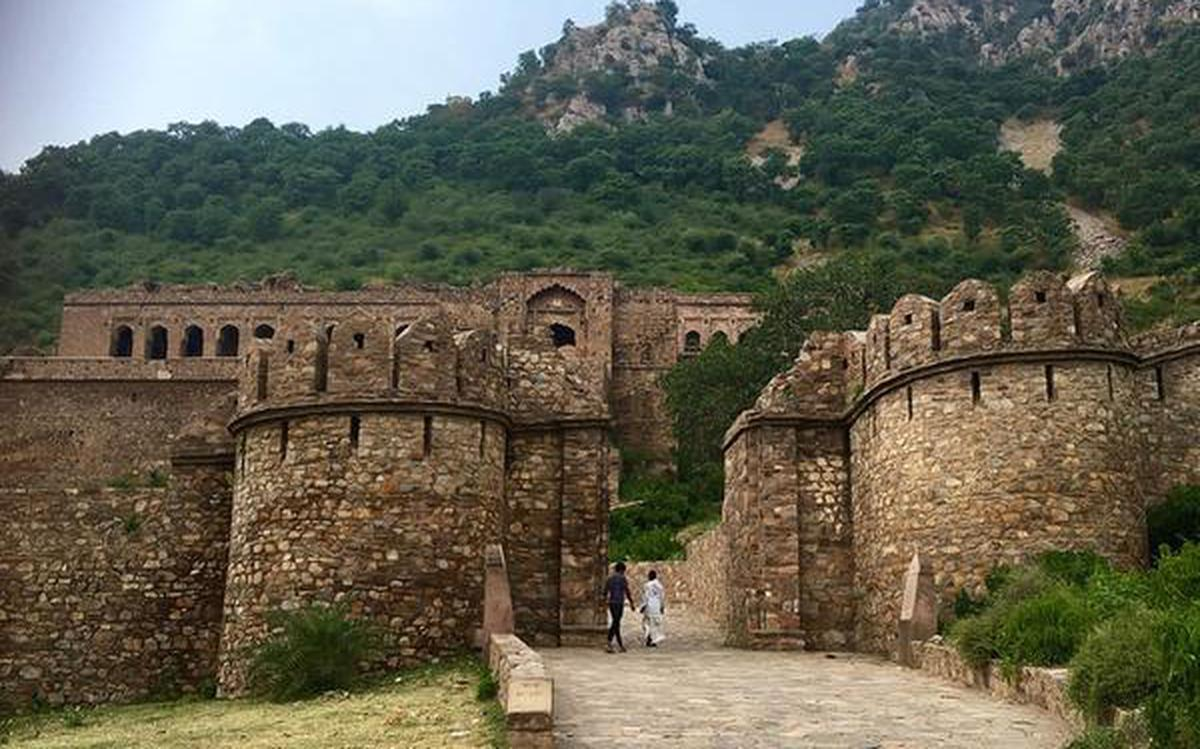 Bhangarh: the most haunted fort in India - The Hindu
