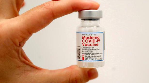 FDA panel endorses lower-dose Moderna COVID-19 shot for booster