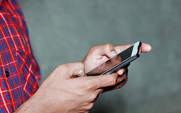 Almost 94% mobile handsets sold in India country made: Report