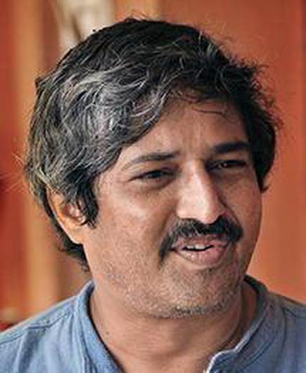 Chennai scientist chosen for INSA science popularisation prize - The Hindu