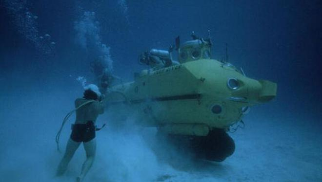 Govt plans isro like ocean mission the hindu the abyss divers training for a deep exit from a submersible off the bahama islands malvernweather Gallery