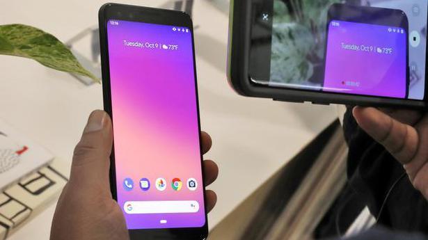 Google unveils new Pixel phone, adds tablet in Apple challenge