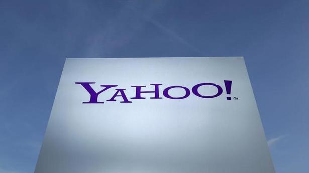 Verizon sells internet trailblazers Yahoo and AOL