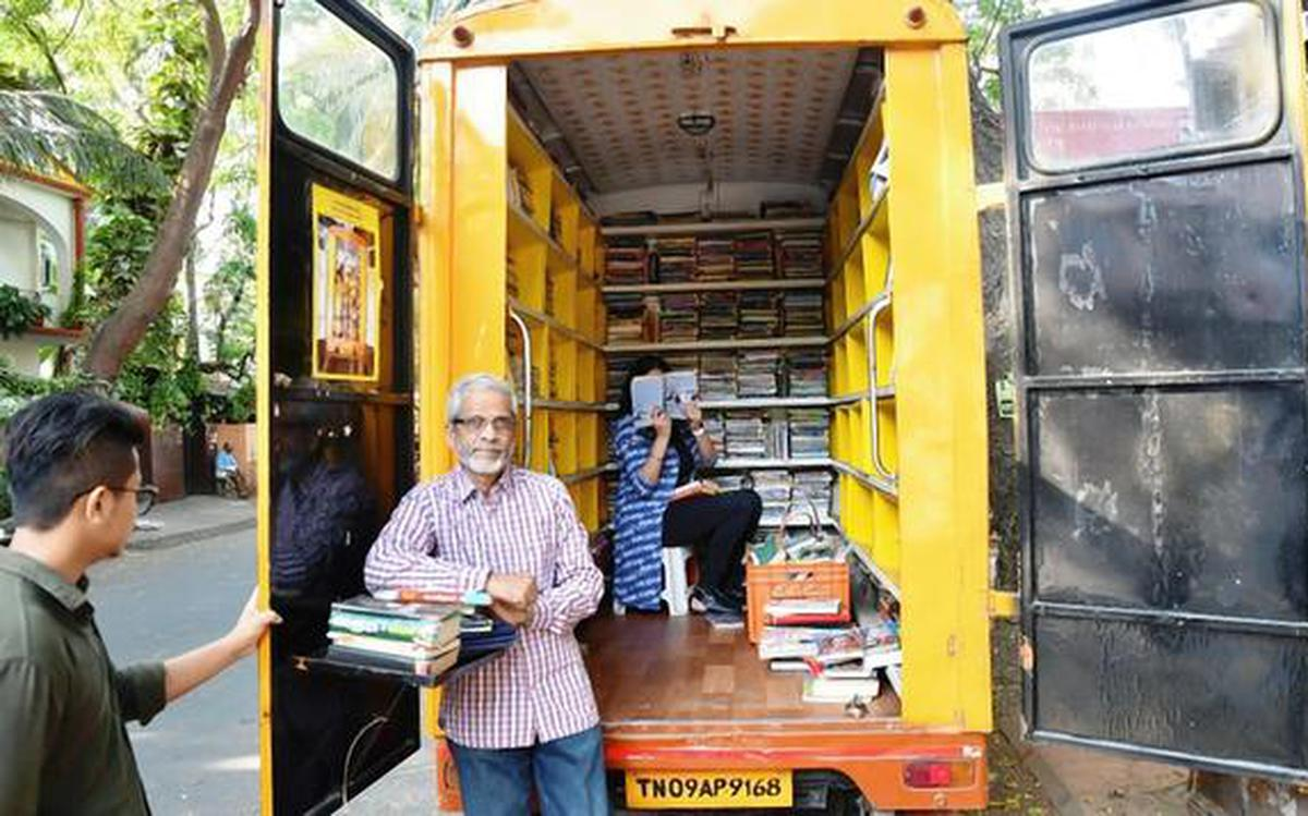 The story of a mobile library in Chennai with 3,000 publications