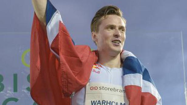 Warholm sets 400m hurdles world record