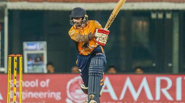 Aparajith leads Royal Kings' charge to victory