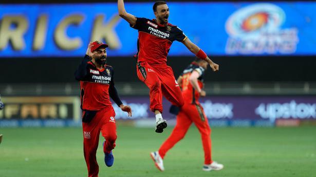 Indian Premier League 2021 | Harshal Patel hat-trick helps Royal Challengers trump Mumbai Indians