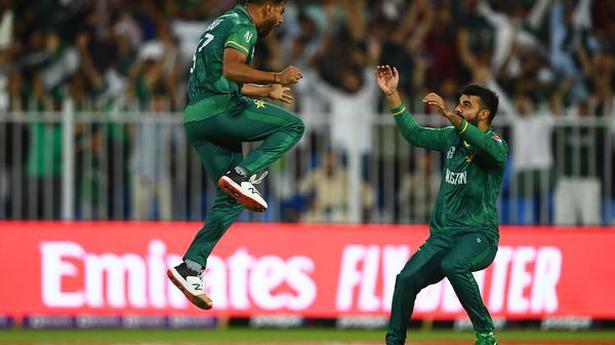 ICC Twenty20 World Cup  Rauf, Malik and Asif star in Pakistan's win over New Zealand