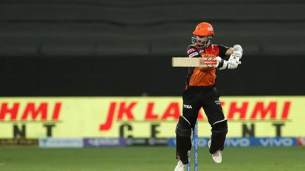IPL 2021   SRH wins toss, elect to bat against KKR