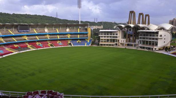 IPL 2021 | BCCI considering 4-5 venues; Mumbai a concern amid COVID surge