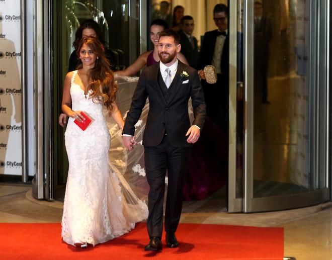 Argentine Soccer Player Lionel Messi And His Wife Antonela Roccuzzo Make An Earance For The Press At Their Wedding In Rosario On Friday
