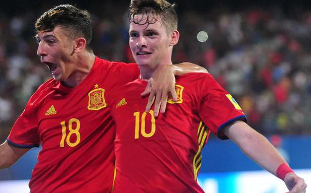 17 World Cup: Spain sinks Iran