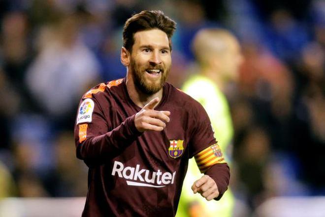 Barcelona s Lionel Messi celebrates scoring their third goal during the  Spanish league football match against Deportivo e2e3d4d02e7f4