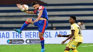 Indian Super League | Nishu thunderbolt stuns Hyderabad