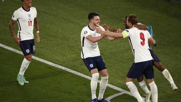 England hammer Ukraine 4-0 to enter Euro semifinals