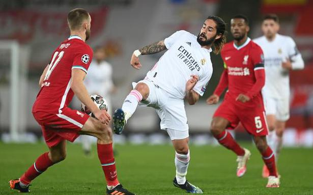 Real Madrid beats Liverpool to return to Champions League semis