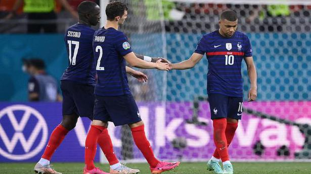 Switzerland beats world champions France on penalties to reach Euro 2020 quarters