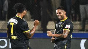 Robin Singh saves Hyderabad at Hero ISL