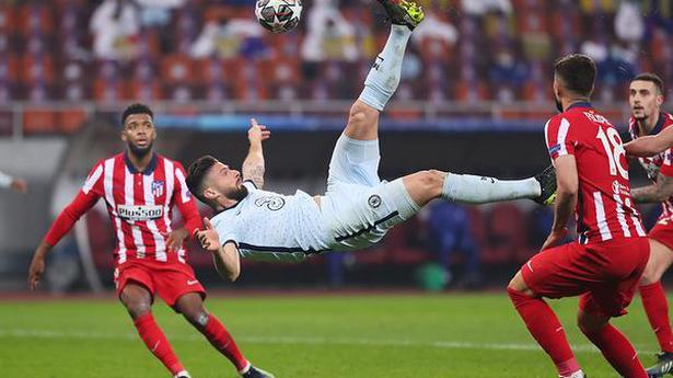 Bayern hammers hapless Lazio