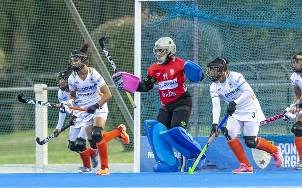 Indian women's hockey team loses 2-3 to World no.2 Argentina
