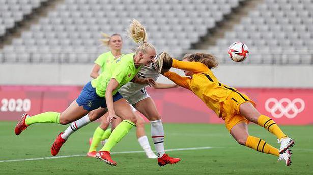 Sweden ends USA's women's 44-game run