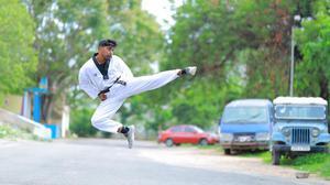 Hyderabad athlete Sai Deepak B heads to UK, US for Taekwondo world championship