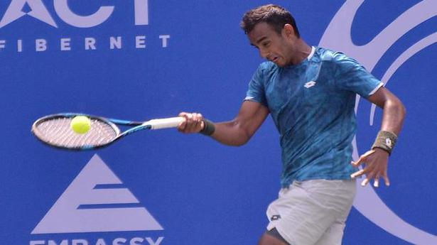 Challenger tennis   Sasikumar advances