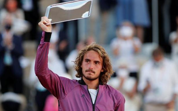 Tsitsipas says his grandmother died just before French Open final