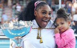 Serena Williams wins in Auckland; to donate her prize money to Australian bushfire relief fund